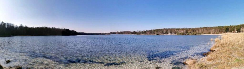 Glasklarer Natursee (EU-Gewässer)