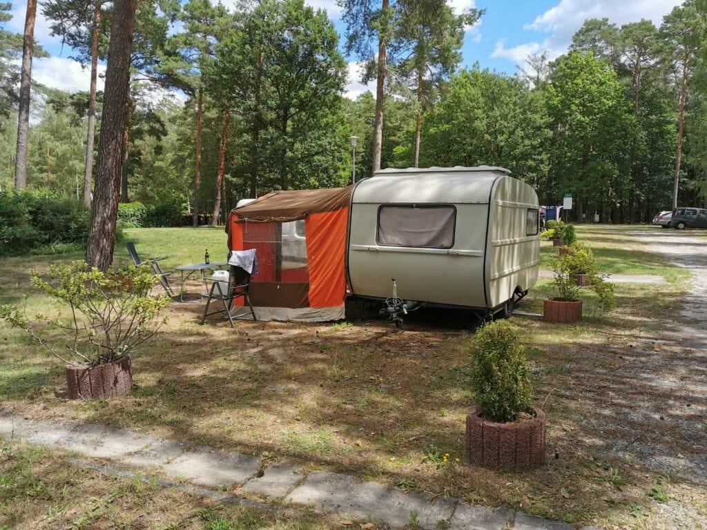 Standplatz 1 für kleine Wohnwagen